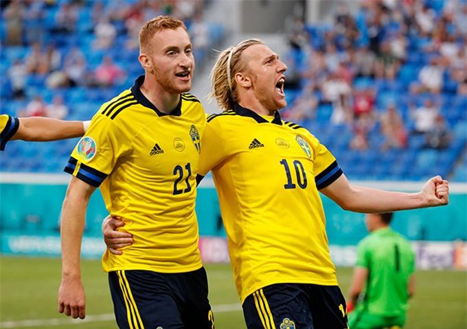 Forberg tỏa sáng với một cú đúp bàn thắng