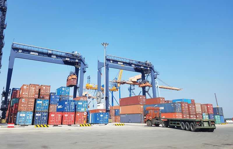 Doanh nghiệp kiến nghị lùi thời gian thu phí cảng biển tại TP.HCM sang năm 2022