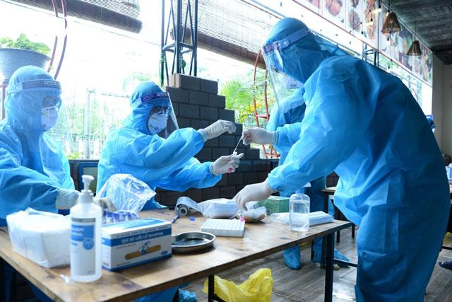 Việt Nam có thêm 116 ca mắc COVID-19 tại 9 tỉnh, thành