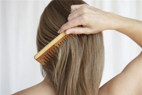 6 việc làm đang phá hủy mái tóc của bạn