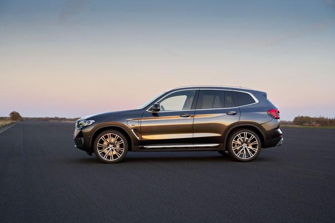 Khám phá BMW X3 và X4 2022