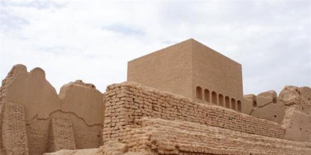 Phát hiện mộ cổ nghìn năm của danh tướng trên sa mạc: Nguyên liệu làm quan tài chưa từng thấy trên thế giới - Ảnh 3.