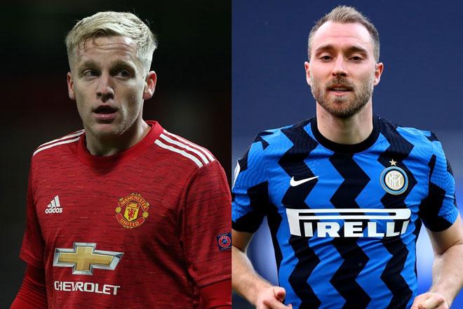 Van de Beek (trái) được Inter nhắm đến để thay Eriksen.