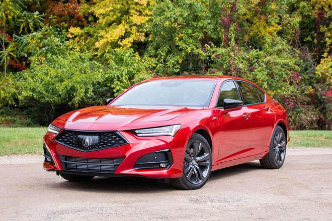 6. Acura TLX 2021 (giá khởi điểm: 53.325 USD).