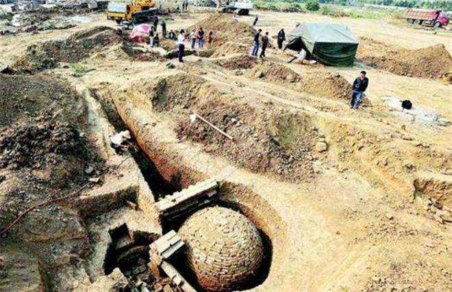 Phát hiện chấn động giới khảo cổ TQ: Bí ẩn chuỗi lăng mộ biết thở - 60 ngày không uổng phí! - Ảnh 1.