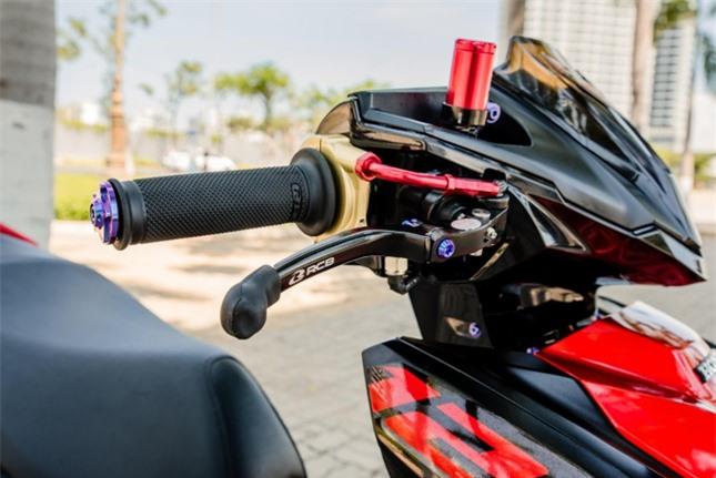 Xe tay ga Airblade 2020 độ với ống xả khủng ảnh 4