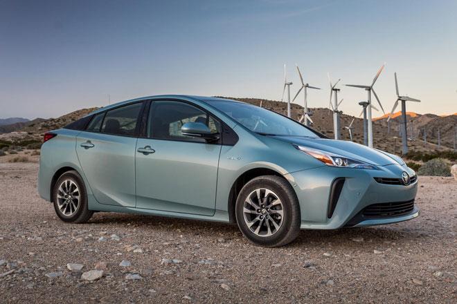 1. Toyota Prius 2021 (sức chứa khoang hành lý: 776 lít).