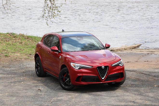 4. Alfa Romeo Stelvio Quadrifoglio.