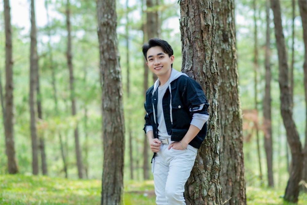 Đan Trường cùng học trò Trung Quang hát lại bản hit cách đây 17 năm - Ảnh 6.