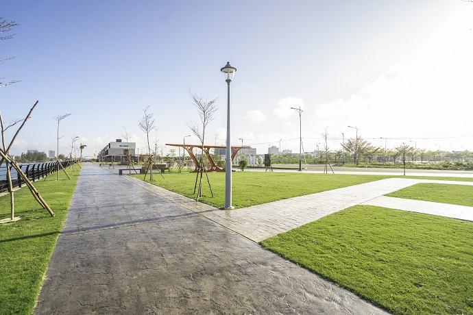 Quảng trường ánh sáng, công viên nội khu ven sông là những tiện ích cao cấp hiếm dự án nào thực hiện với tính hoàn thiện cao như Regal One River.