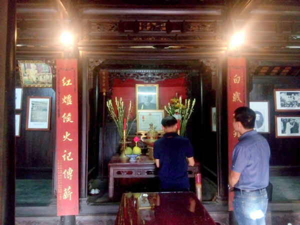 Bình yên ở làng cổ nơi miền sơn cước Quảng Nam Bên trong nhà lưu niệm Cụ Huỳnh Thúc Kháng
