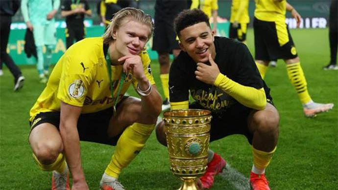 Bố Haaland văng tục khi Dortmund bán Sancho cho Man United