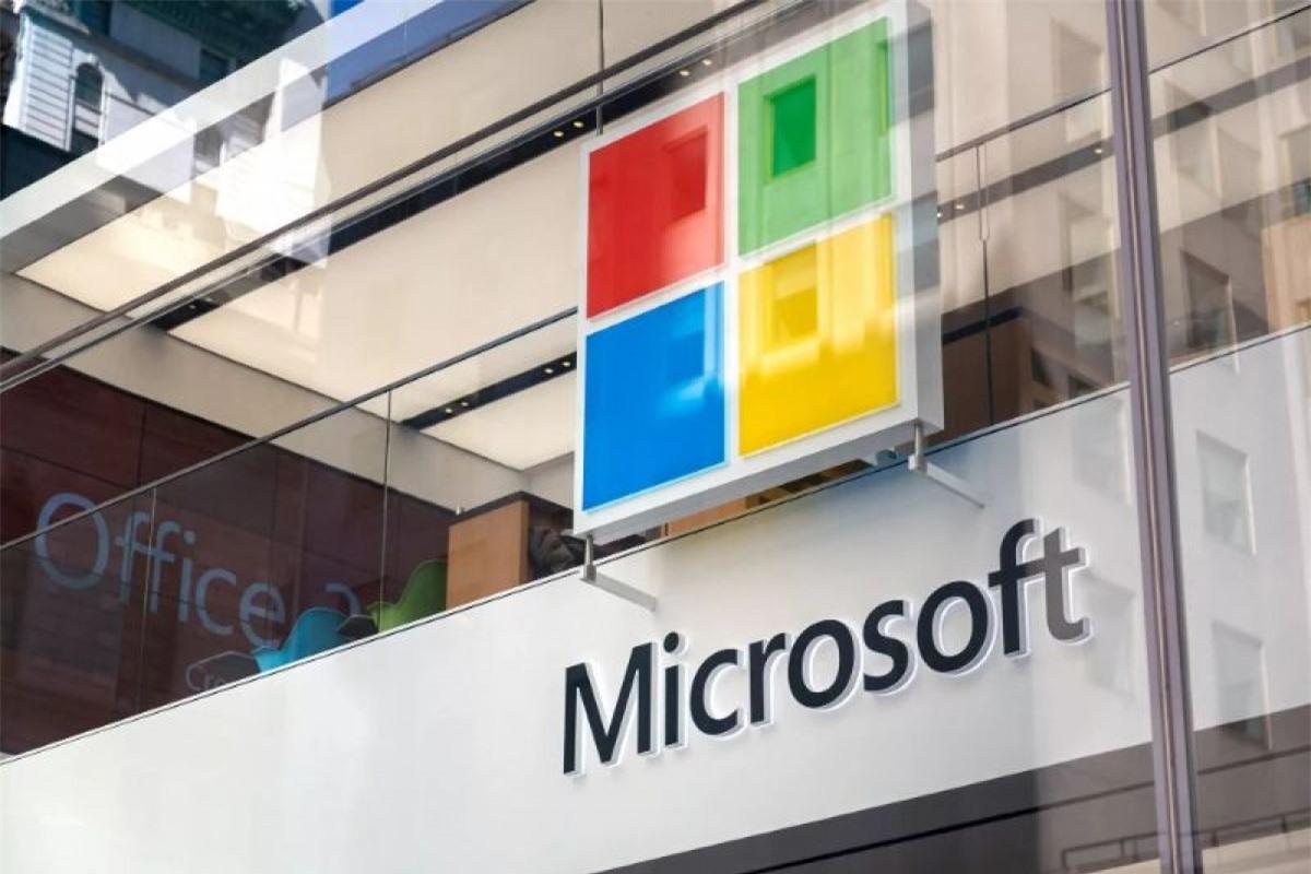 Microsoft trở thành công ty đại chúng thứ 2 của Mỹ chạm cột mốc giá trị vốn hóa 2.000 tỷ USD.