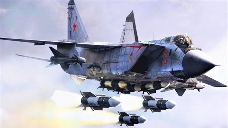 Máy bay đánh chặn MiG-31 của Nga được trang bị tên lửa mới