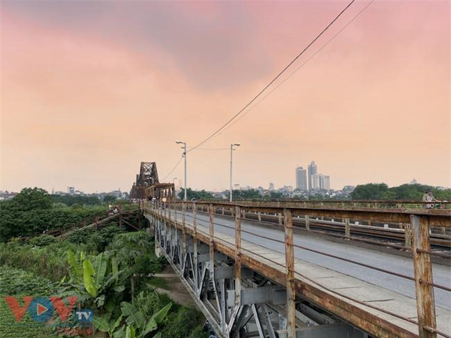 Những địa điểm ngắm trọn hoàng hôn ở Hà Nội - Ảnh 2.