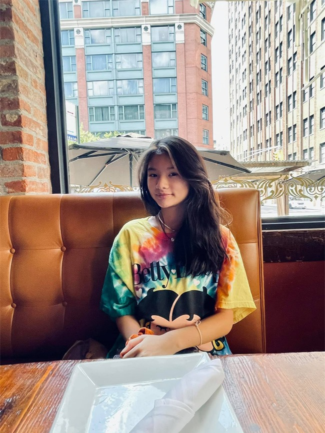 """Trần Bảo Sơn đưa con gái cưng đi chơi New York, ái nữ 13 tuổi được khen một câu mà ông bố  """"tít cả mắt"""" - Ảnh 3."""