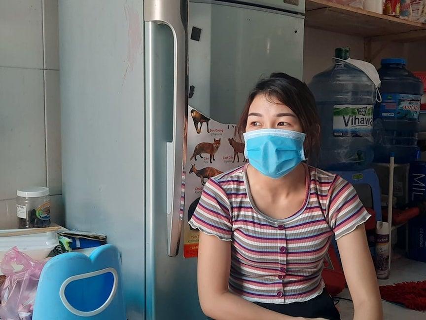 Chị Nguyễn Thị Thuỳ Dương cho biết, công việc làm thêm ngoài giờ vì không thể nghỉ làm tại Mosfly, cũng không nhận được lương.