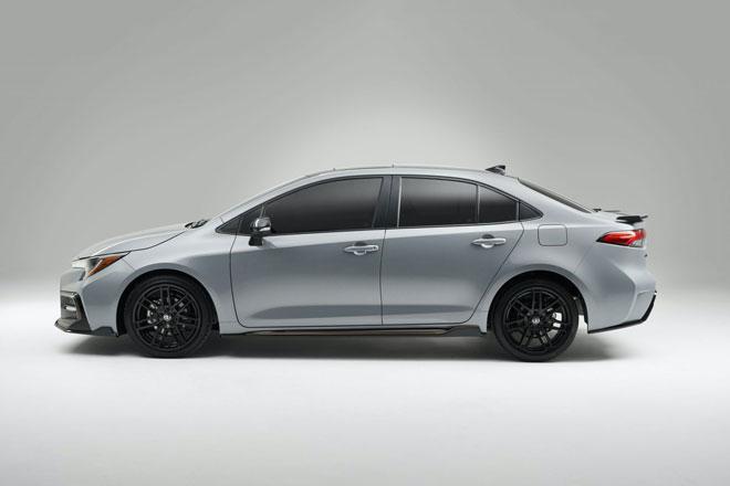 7. Toyota Corolla 2021 (Điểm tổng thể: 8,1/10, giá khởi điểm: 19.825 USD).