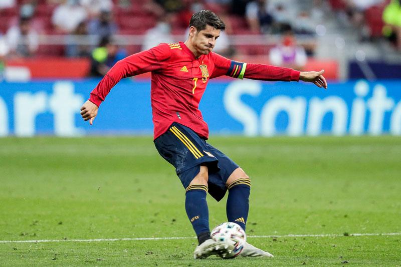 =5. Alvaro Morata (Tây Ban Nha, tổng số pha dứt điểm: 14, số bàn thắng: 2).