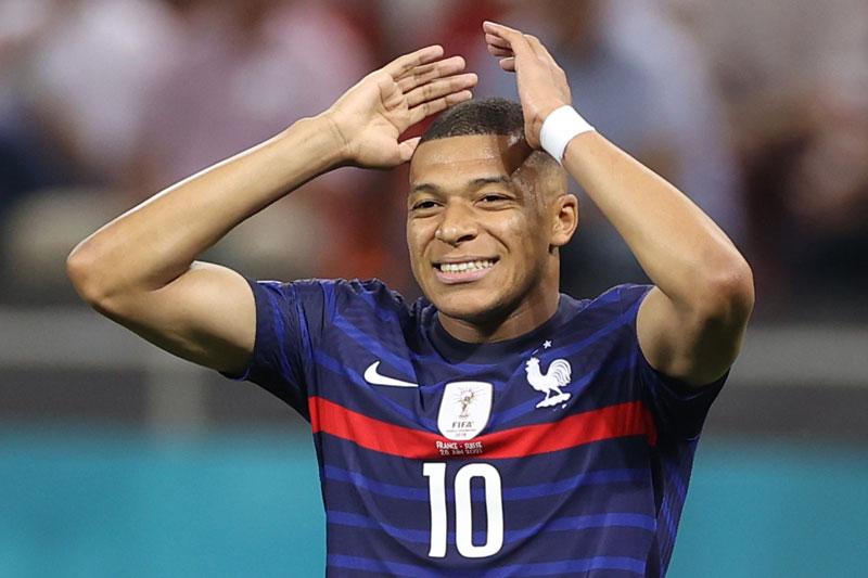 =5. Kylian Mbappe (Pháp, tổng số pha dứt điểm: 14, số bàn thắng: 0).