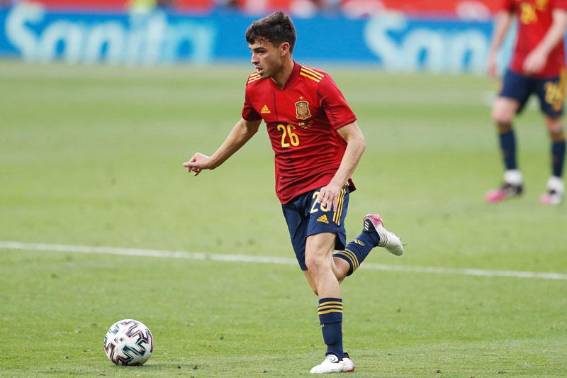 Tiền vệ: Pedri (Tây Ban Nha).