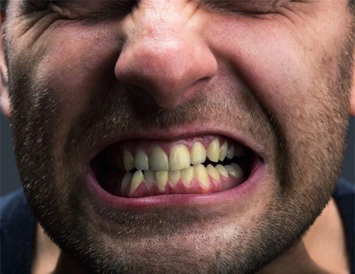 6 thói quen khiến răng bạn ố vàng - 6