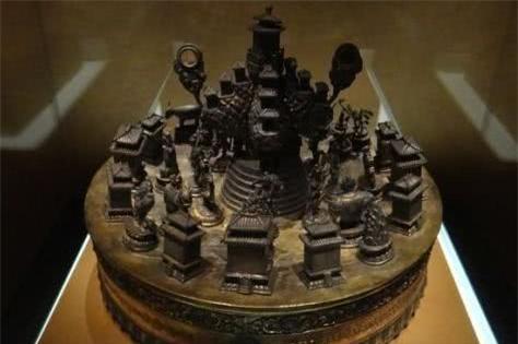 7 dị vật khai quật trong các ngôi mộ cổ: 3 cái cuối cùng số người biết tới không quá 10 người! - Ảnh 3.