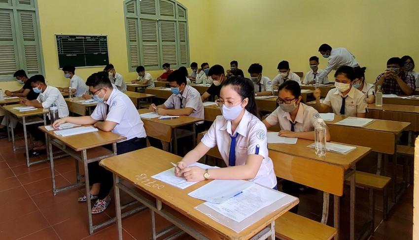 Một thí sinh ở An Giang nhập viện sau 30 phút làm bài - Ảnh minh hoạ.