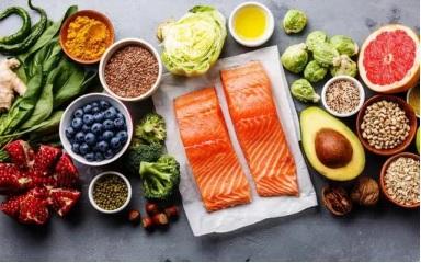 Chế độ ăn uống khoa học giúp người bị đột quỵ não cải thiện hiệu quả.