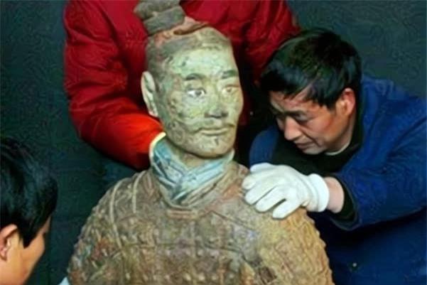 Gương mặt thần bí của một chiến binh trong lăng mộ Tần Thủy Hoàng, chỉ xuất hiện trong 5 phút, để lại 1 bức ảnh, sau đó biến mất - Ảnh 5.