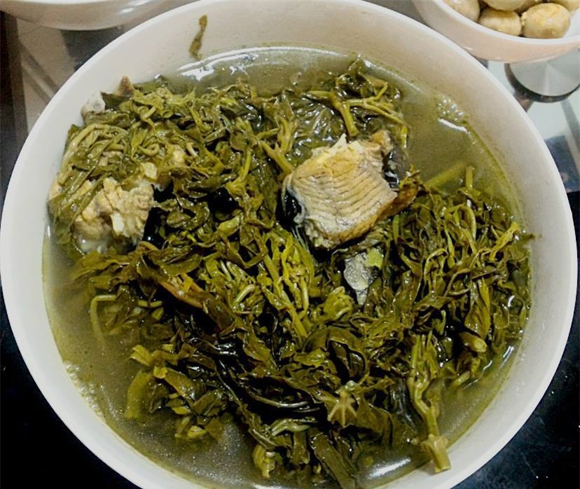 Món rau muối chua dân dã ở Phú Thọ mang về Thủ đô thành đặc sản hiếm có giúp người bán kiếm tiền triệu mỗi ngày - Ảnh 5.