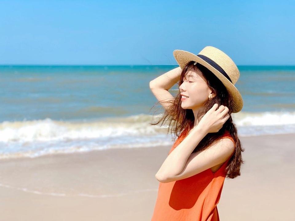 Thị trấn Thuận An thuộc huyện Phú Vang trước đây nay trở thành phường Thuận An thuộc TP Huế. Bãi biển Thuận An ở đây nằm cạnh cửa Thuận An, nơi sông Hương xuôi dòng đổ ra biển. Ảnh: Kim Anh.