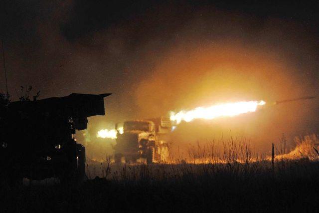 Căn cứ quân sự Mỹ ở Syria hứng chịu đợt tấn công.