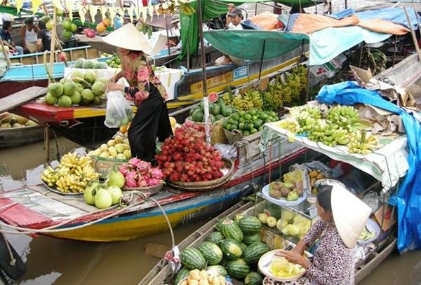 Nông sản Đồng bằng sông Cửu Long đứng trước nguy cơ ùn ứ, rớt giá.