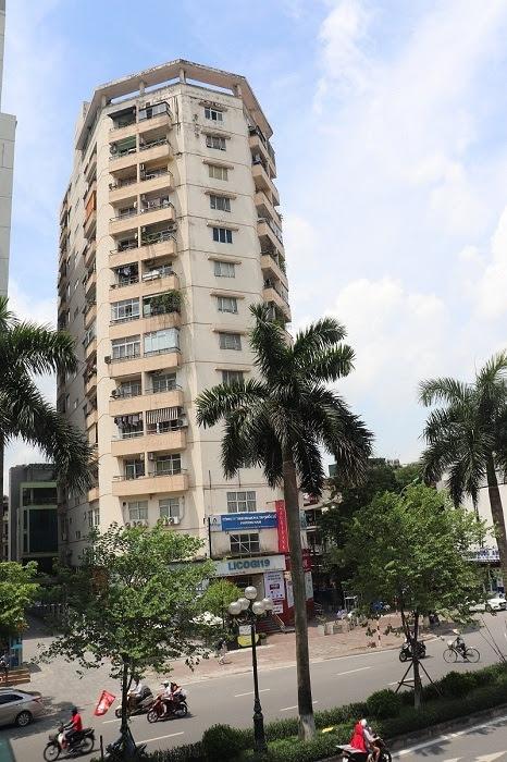 (Tòa nhà Licogi 19 tại số 25 phố Tân Mai (Hoàng Mai, Hà Nội) nơi xảy ra nhiều sai phạm (Ảnh: Kinhtedothi).