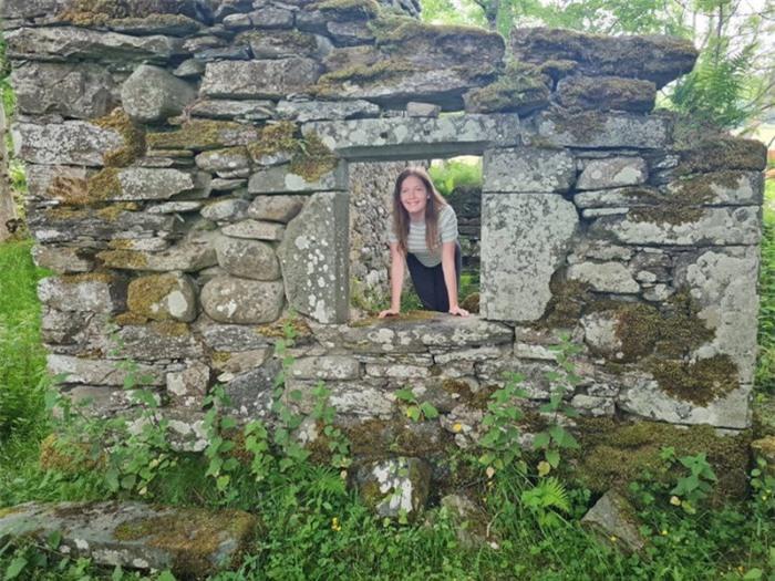 Ngôi làng đầy tàn tích cổ xưa nổi tiếng với những lời tiên tri chuẩn xác 8