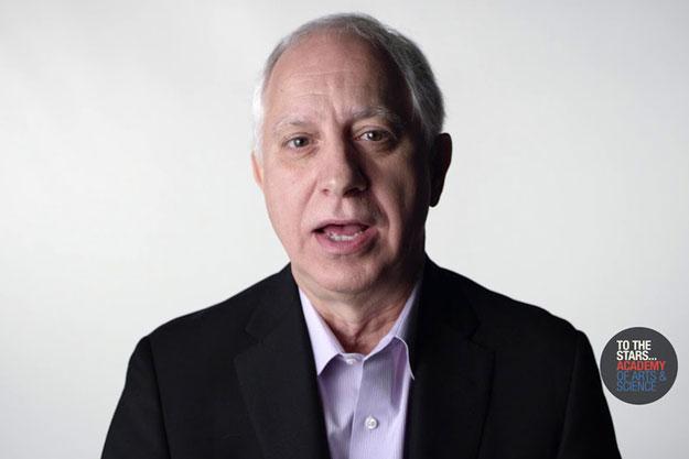 Cựu sĩ quan CIA của Mỹ, Jim Semivan. Ảnh: Youtube.