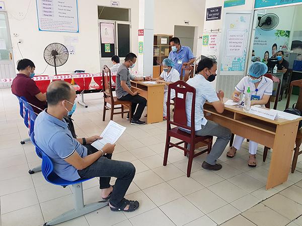 Hầu hết phóng viên các cơ quan báo chí trên địa bàn Đà Nẵng đã được tiêm vaccine phòng COVID-19 mũi 1