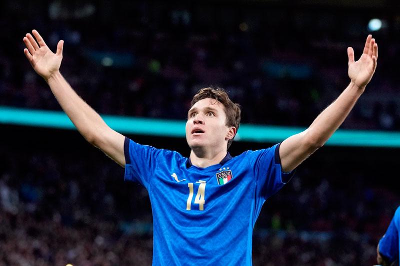 =1. Federico Chiesa (Italia, CLB: Juventus, giá trị hiện tại: 70 triệu euro, mức tăng: 10 triệu euro).