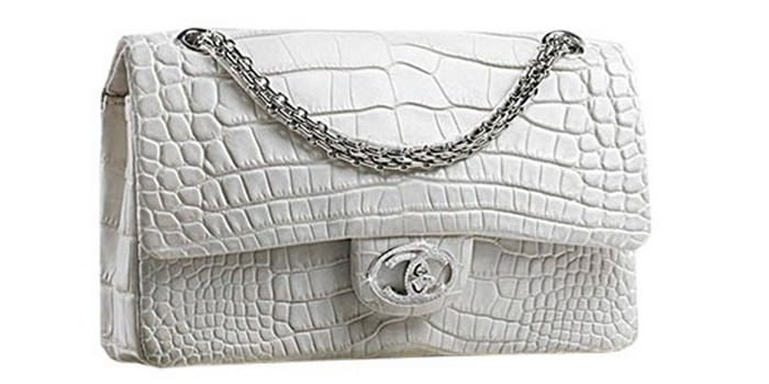 """5. Túi xách Chanel """"Diamond Forever"""": Trị giá 261.000 USD – Tương đương 6 tỷ đồng."""
