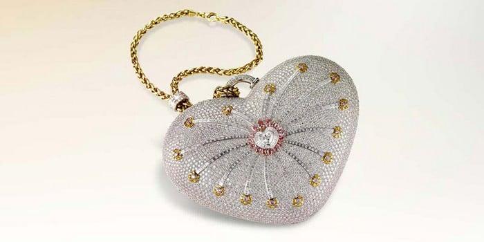 """1. Túi kim cương """"nghỉn lẻ 1 đêm"""" Mouawad: Trị giá 3,8 triệu USD – Tương đương 87 tỷ đồng."""
