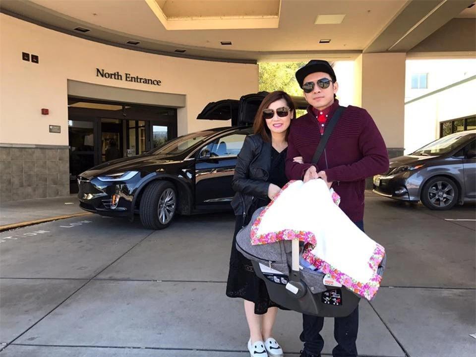 Bộ sưu tập siêu xe, xe siêu sang triệu USD của vợ chồng Thủy Tiên - Đan Trường thuở còn mặn nồng - Ảnh 6.