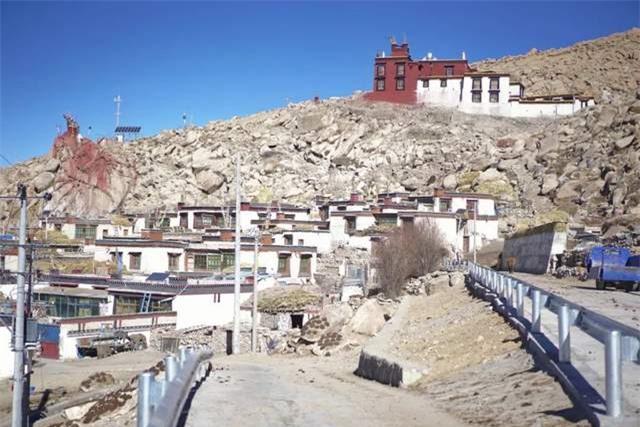Cuộc sống của 5 ngôi làng hẻo lánh nhất Tây Tạng 11