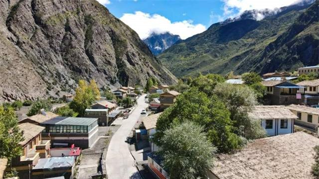 Cuộc sống của 5 ngôi làng hẻo lánh nhất Tây Tạng 7