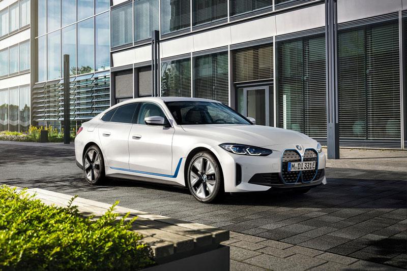 2. BMW i4.