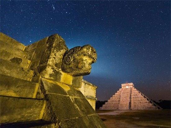Cô dâu thủy thần – Tục hiến tế rùng rợn và đẫm máu của người Maya - Ảnh 1.