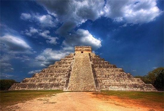 Cô dâu thủy thần – Tục hiến tế rùng rợn và đẫm máu của người Maya - Ảnh 2.
