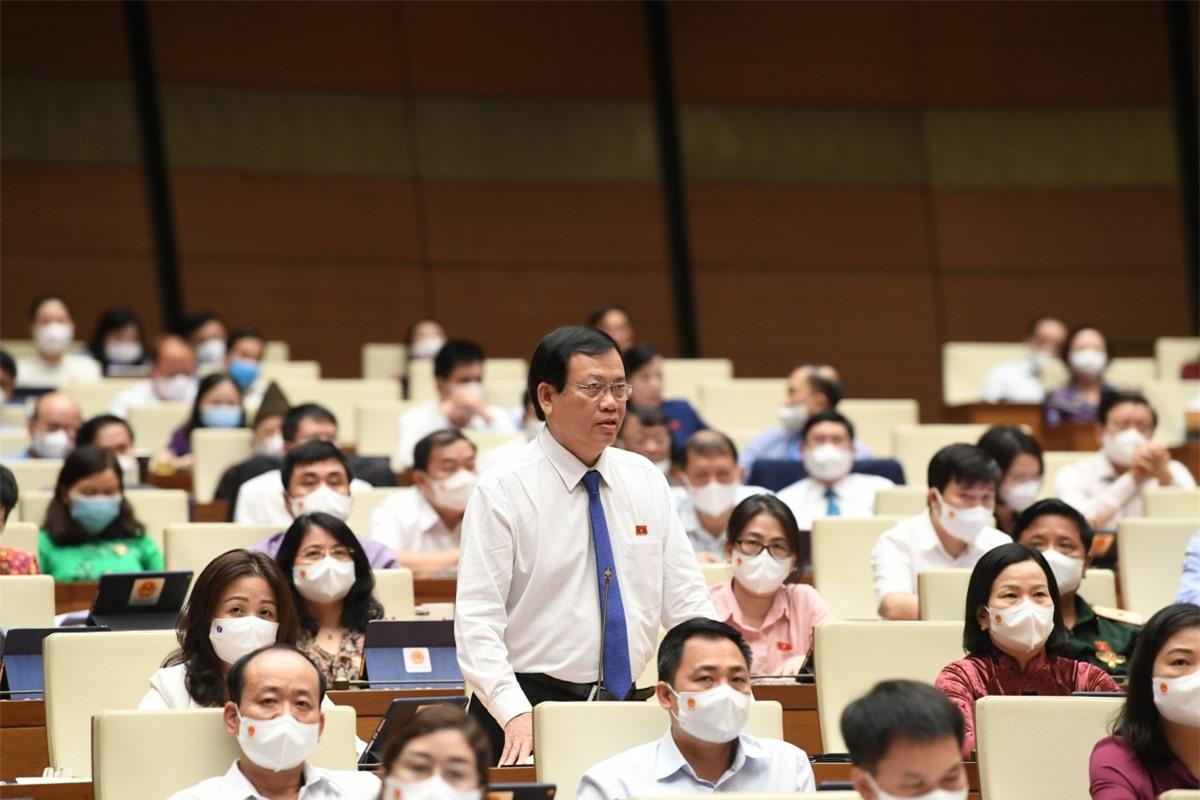Đại biểu Vũ Trọng Kim, đoàn Nam Định.
