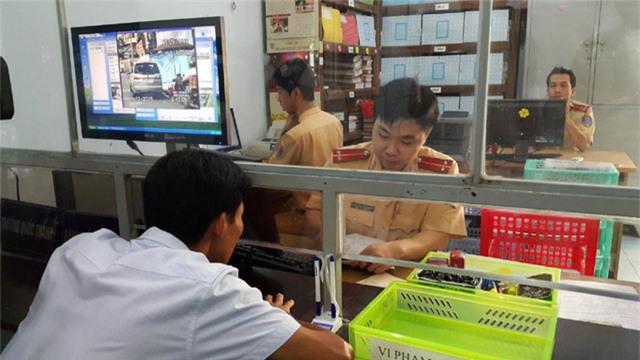 Từ 21/7, người dân được đăng ký xe mới online - Ảnh 1.