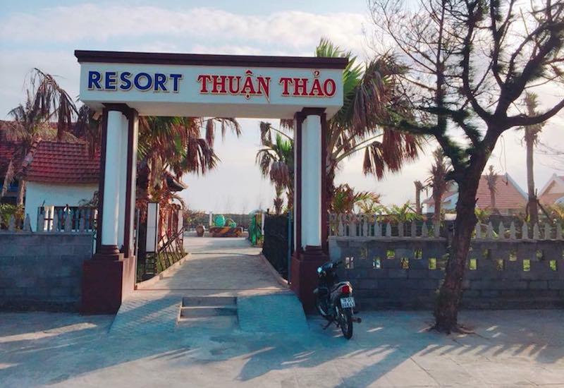 Dự án khu resort Thuận Thảo ở TP Tuy Hòa (Phú Yên) đã bị thu hồi đất do không thực hiện nghĩa vụ tài chính về đất đai đầy đủ, không triển khai một phần dự án.